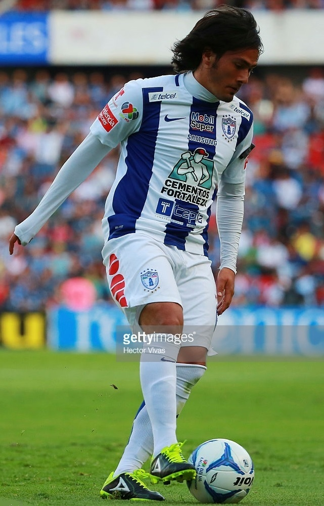 Pachuca-2015-16-NIKE-home-kit.jpg