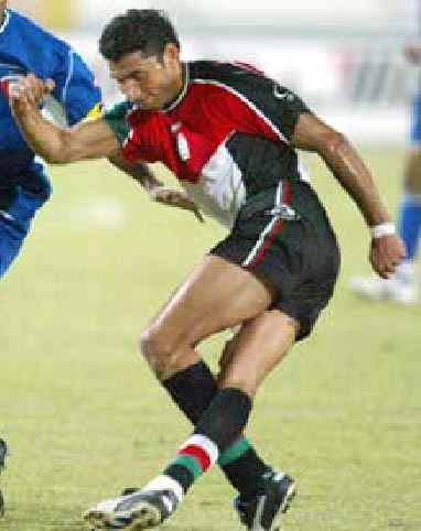 Palestine-02-03-TRAINING-home-kit-red-black-black.JPG