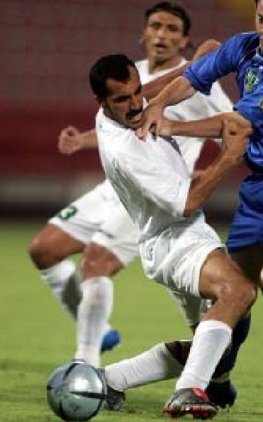 Palestine-04-unknown-away-kit-white-white-white.JPG