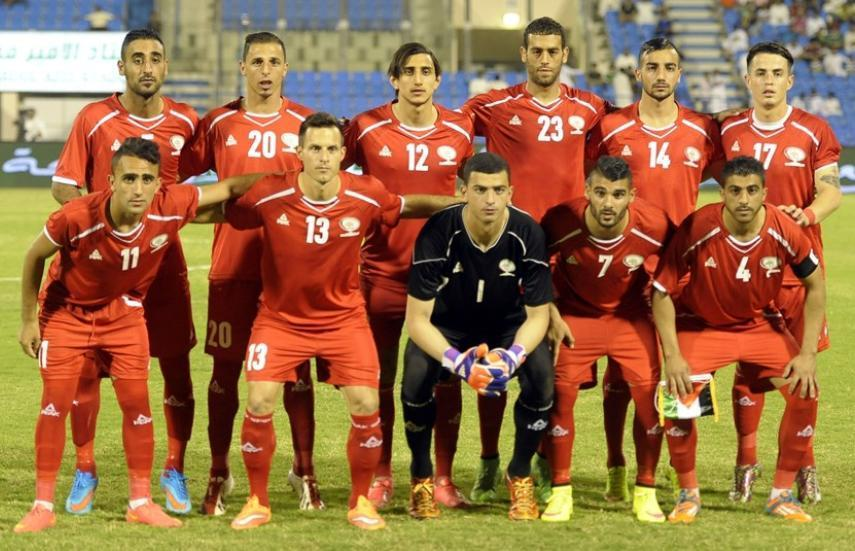 Palestine-2015-PEAK-world-cup-qualifying-home-kit-red-red-red-line-up.jpg