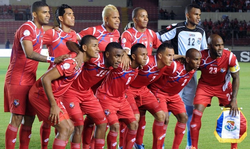 Panama-12-13-lotto-home-kit-red-red-red-line-up.jpg