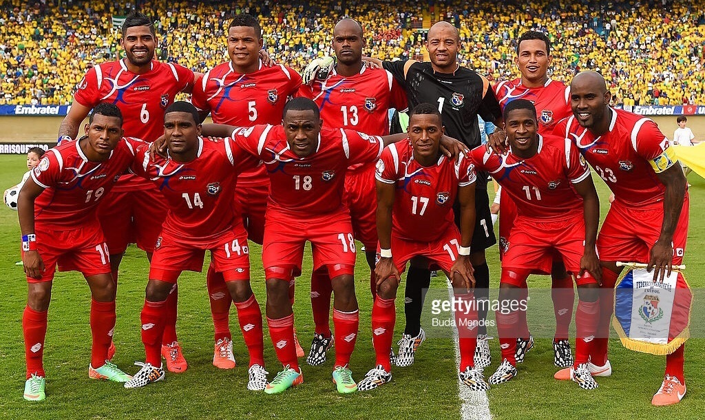 Panama-2012-13-lotto-home-kit-red-red-red-lie-up.jpg