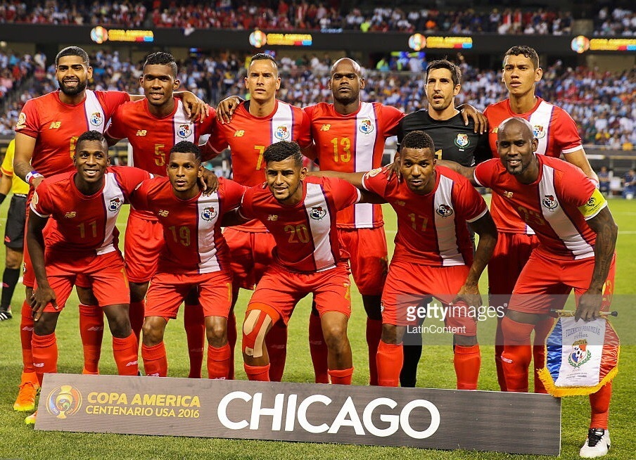 Panama-2016-NEW-BALANCE-copa-america-centenario-home-kit-red-red-red-line-up.jpg
