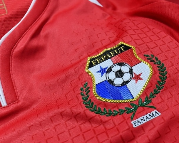 Panama-2018-NEW-BALANCE-home-kit-name-print.jpg
