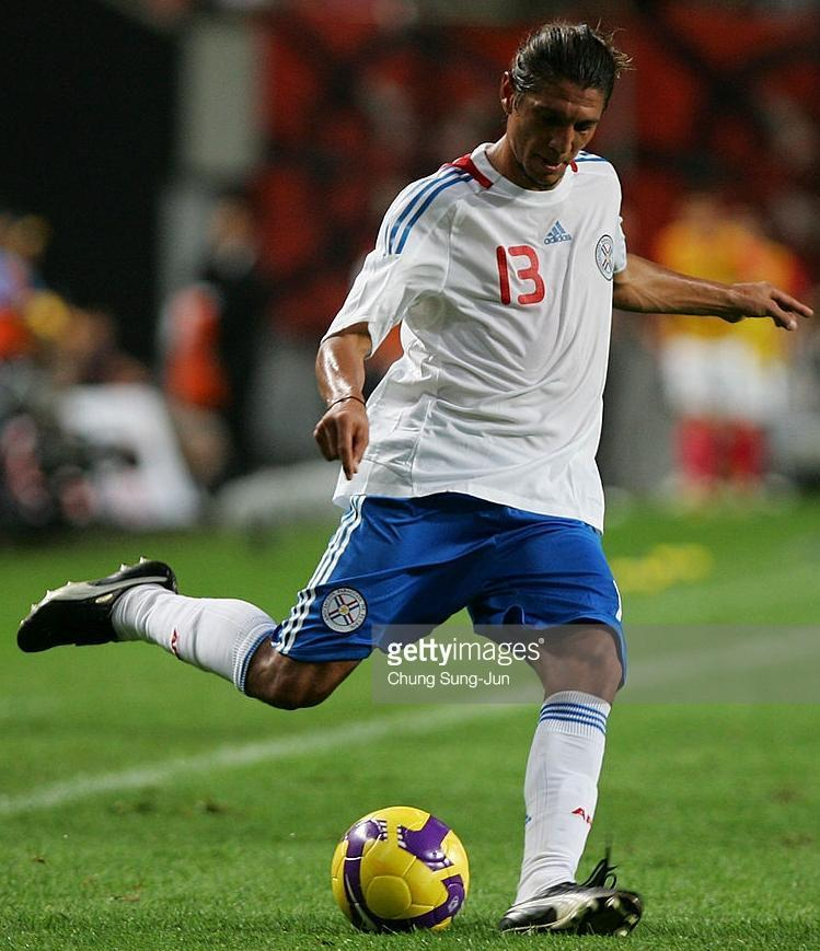 Paraguay-08-09-adidas-away-kit-white-blue-white.jpg