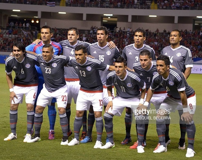 Paraguay-14-15-adidas-away-kit-gray-white-gray-line-up.jpg