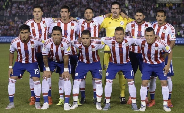 Paraguay-14-15-adidas-home-kit-stripe-blue-white-line-up.jpg