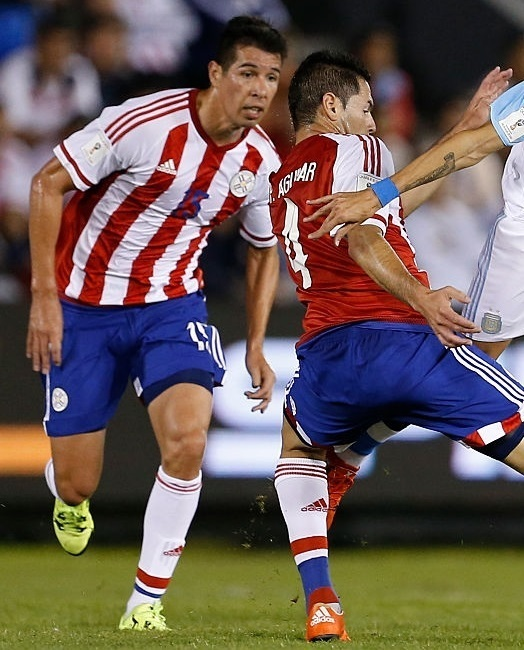 Paraguay-14-15-adidas-home-kit-stripe-blue-white.jpg