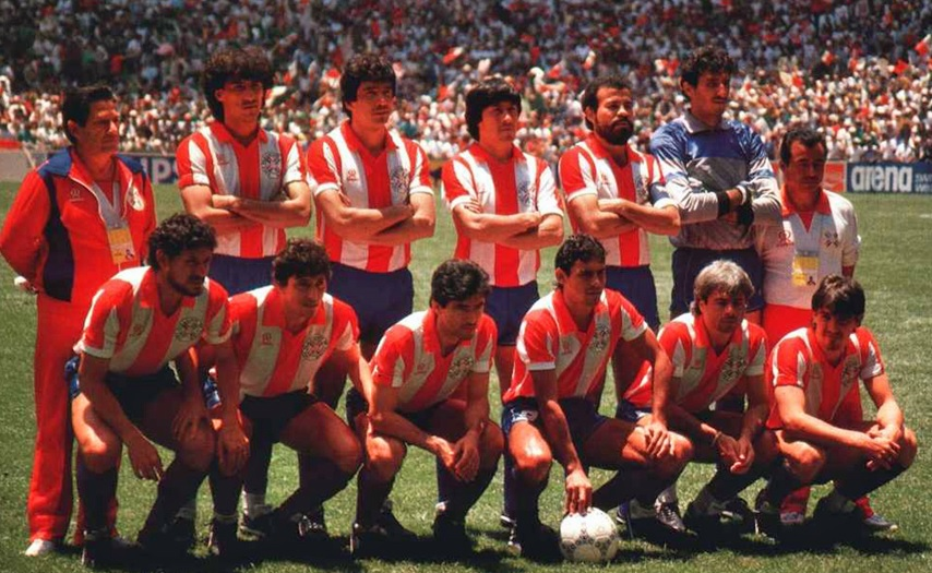 Paraguay-1986-RAINHA-home-kit-stripe-blue-blue-line-up.jpg