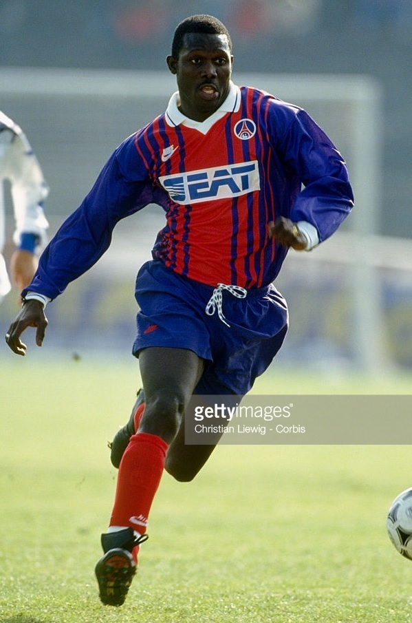 Paris-Saint-Germain-1993-94-cup-home-kit-George-Weah.jpg