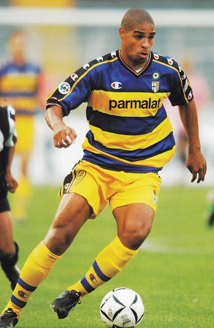 Parma-02-03-Champion-first-kit-border-yellow-yellow-Adriano.jpg