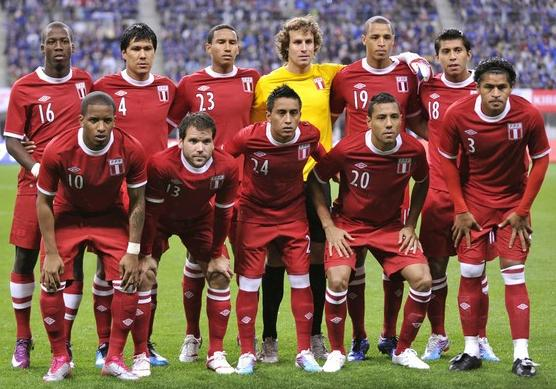 Peru-11-12-UMBRO-third-kit-red-red-red-line up.jpg