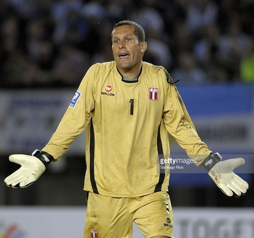 Peru-2009-WALON-GK-kit-yellow-yellow-yellow.jpg