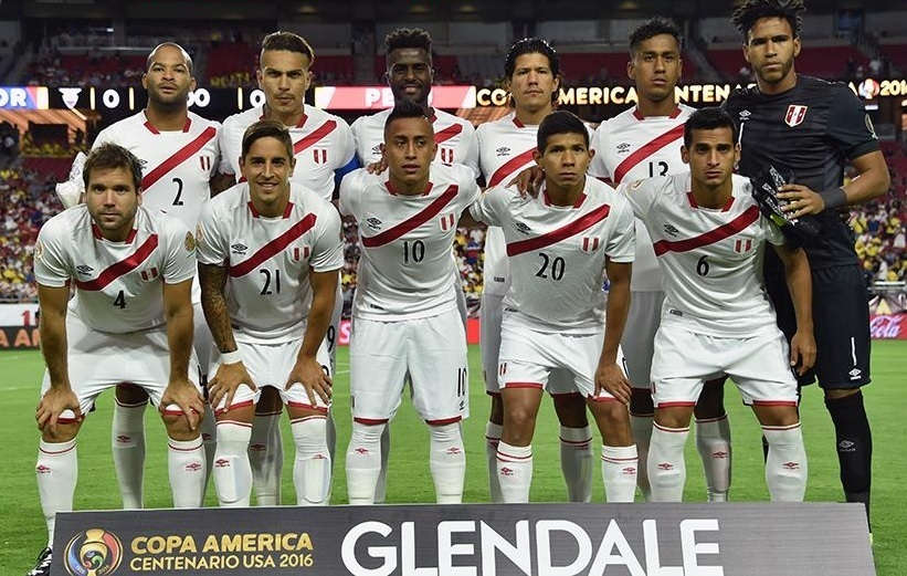 Peru-2016-UMBRO-copa-america-sentenario-home-kit-white-white-white-starting-11.jpg