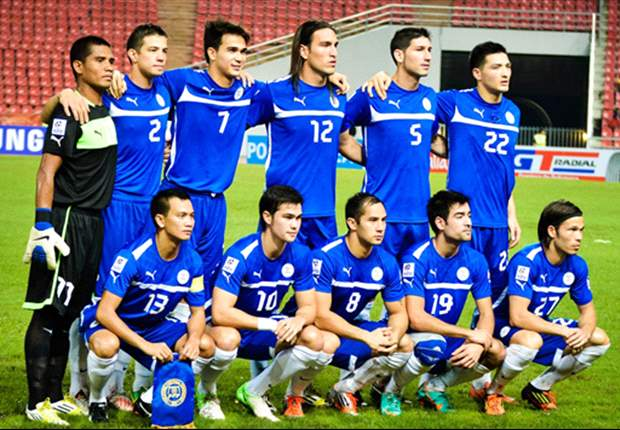 Philippines-12-13-PUMA-home-kit-blue-blue-white-line-up.jpg