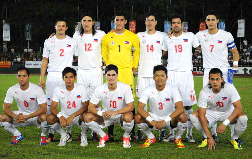 Philippines-2012-PUMA-away-kit-white-white-white-line-up-2.jpg
