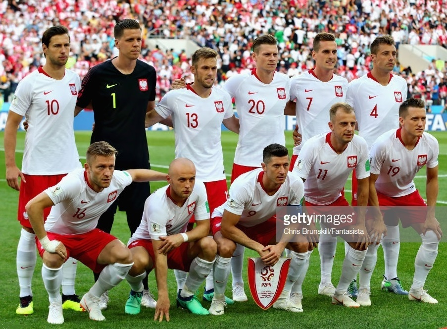 Poland-2018-NIKE-world-cup-home-kit-white-red-white-line-up.jpg