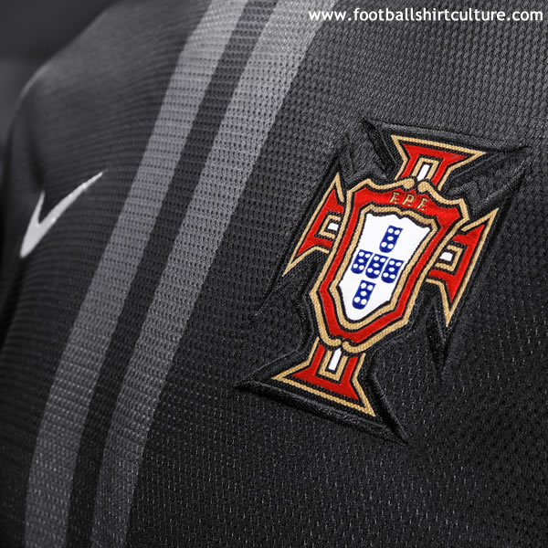 Portugal-2013-NIKE-away-shirt-3.jpg