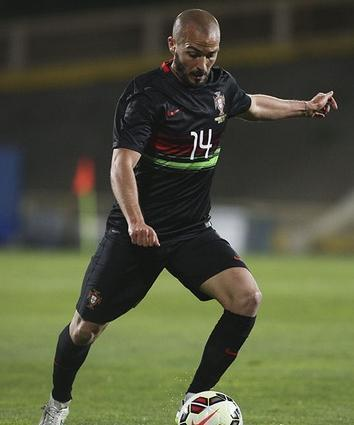 Portugal-2015-NIKE-away-kit-black-black-black.jpg