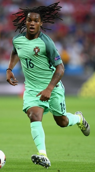 Portugal-2016-NIKE-EUEO-away-kit.jpg