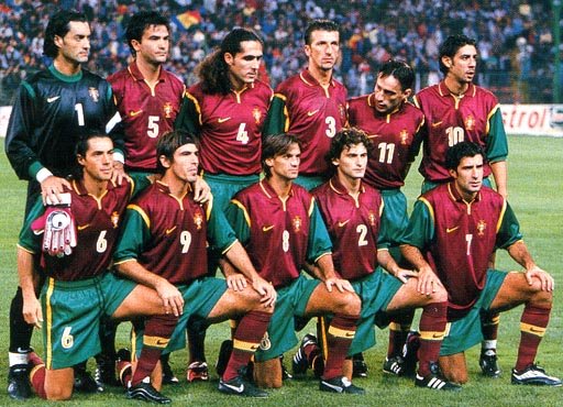 Portugal-98-99-NIKE-unform-dark red-green-dark red-group.JPG