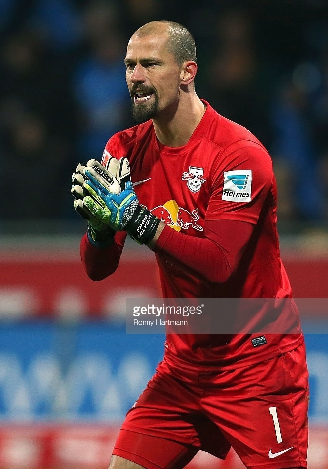RB-Leipzig-2014-15-NIKE-GK-away-kit.jpg