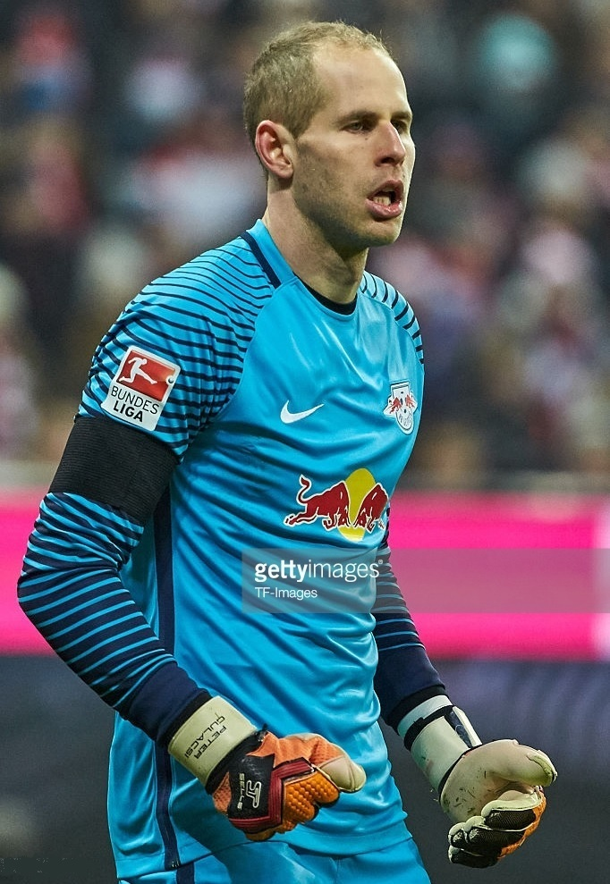 RB-Leipzig-2016-17-NIKE-GK-away-kit.jpg