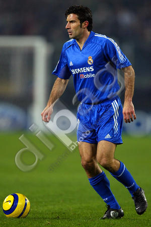 Real-Madrid-04-05-adidas-third-kit-blue-blue-blue-Luis-Figo.jpg