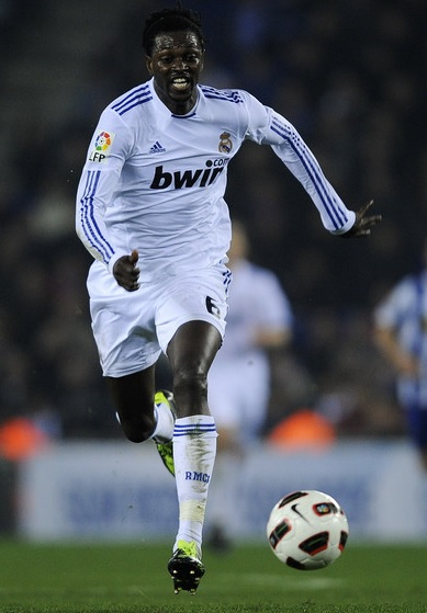 Real-Madrid-10-11-adidas-first-kit-white-white-white-Emmanuel-Adebayor.jpg