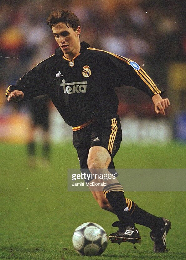 Real-Madrid-2000-01-adidas-away-kit.jpg