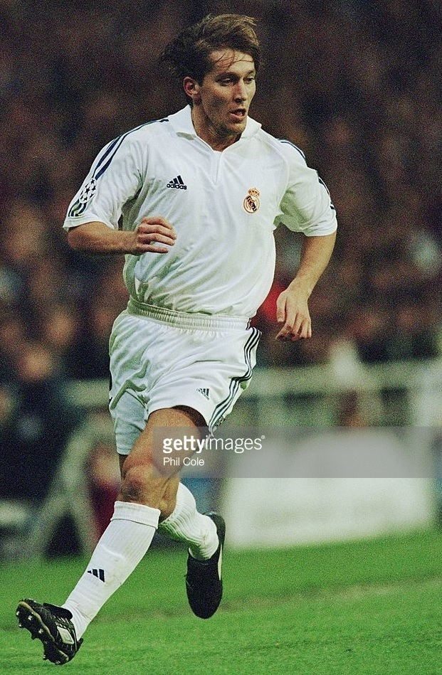 Real-Madrid-2001-02-adidas-first-kit.jpg