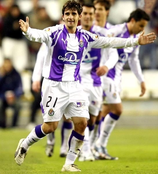 Real-Valladolid-2007-08-PUMA-home-kit.jpg