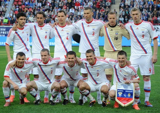 Russia-12-13-adidas-away-kit-white-white-white-line-up.jpg