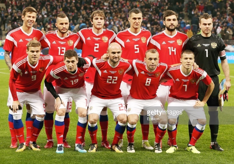 Russia-2018-adidas-world-cup-home-kit-red-white-red-line-up.jpg