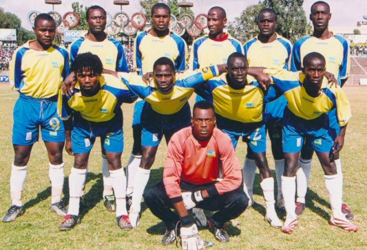 Rwanda-04-05-L-SPORTO-yellow-blue-white-line-up.jpg