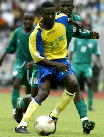 Rwanda-04-05-L-SPORTO-yellow-blue-yellow.JPG