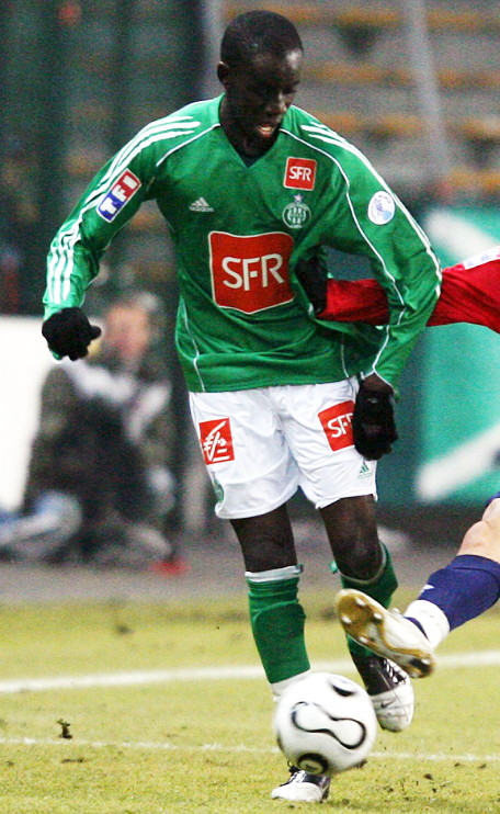 Saint-Etienne-05-06-adidas-cup-home-kit-green-white-green.jpg