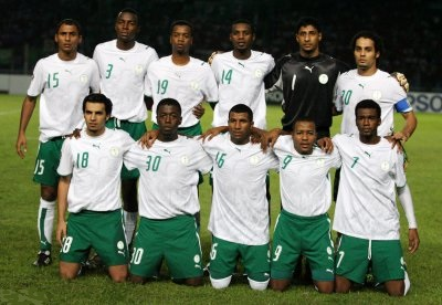 Saudi-Arabia-06-08-PUMA-home-kit-white-green-white-line-up.jpg