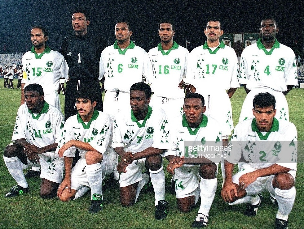 Saudi-Arabia-1998-Shamel-home-kit-white-white-white-line-up.jpg