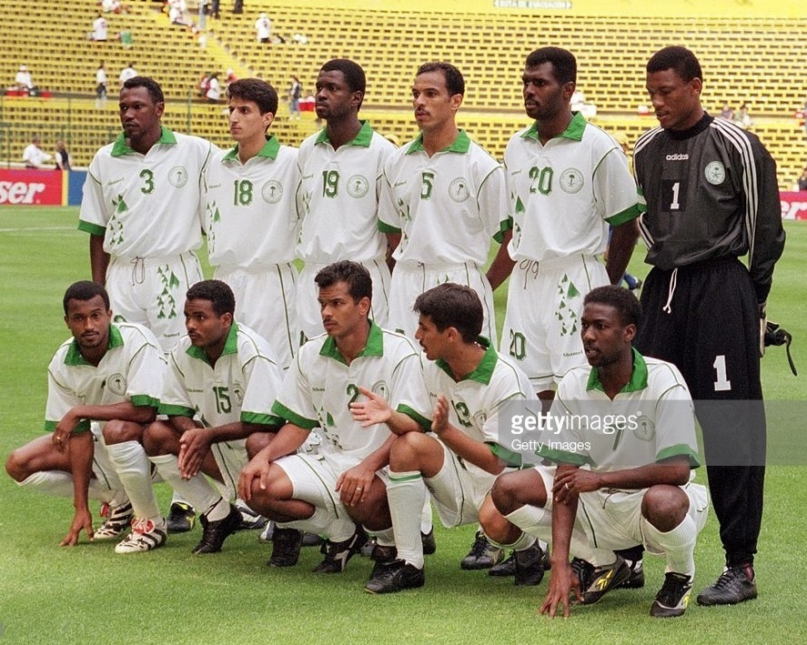 Saudi-Arabia-1999-Shamel-confederations-cup-home-kit-white-white-white-line-up.jpg