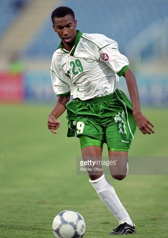 Saudi-Arabia-2000-Shamel-asian-cup-home-kit-white-green-white.jpg