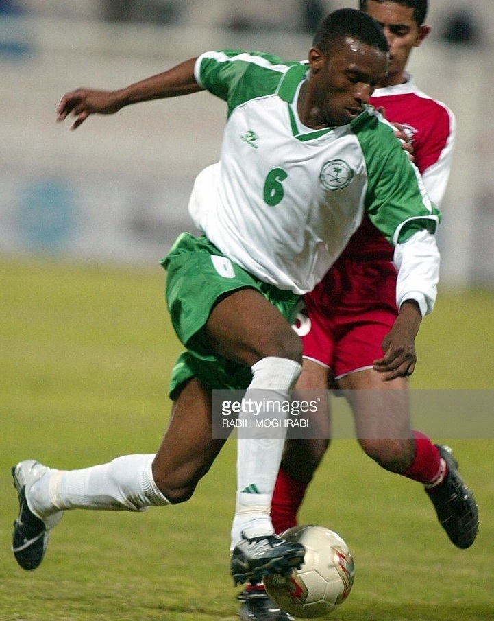 Saudi-Arabia-2003-Topper-gulf-cup-home-kit-white-green-white.jpg