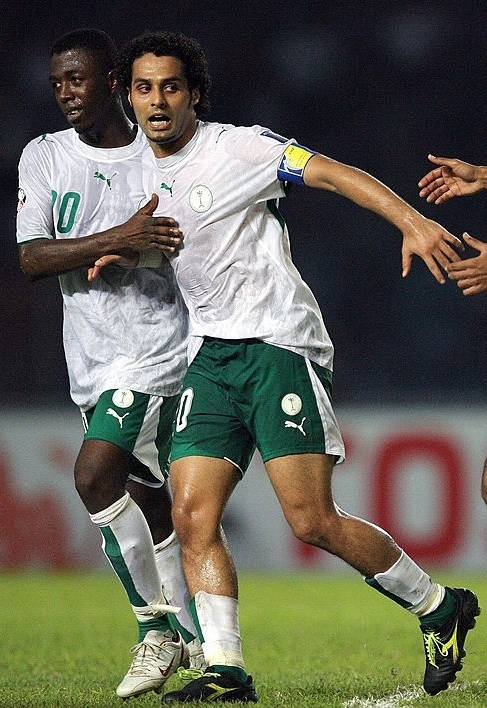Saudi-Arabia-2007-PUMA-asian-cup-home-kit-white-green-white.jpg