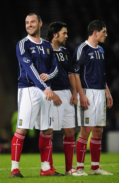 Scotland-10-11-adidas-home-uniform-navy-white-red.JPG