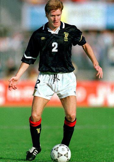 Scotland-92-93-UMBRO-uniform-navy-white-navyJPG.JPG