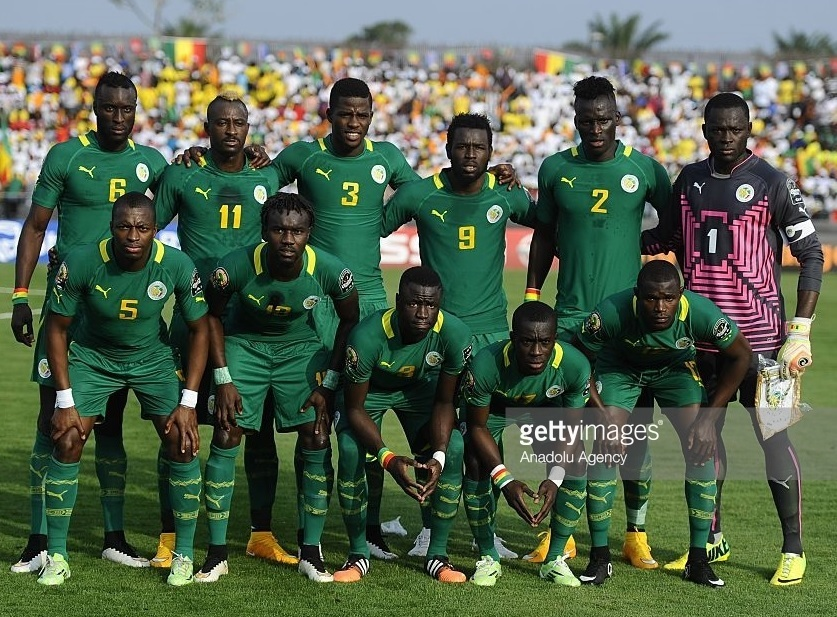 Senegal-2015-PUMA-away-kit-green-green-green-line-up.jpg