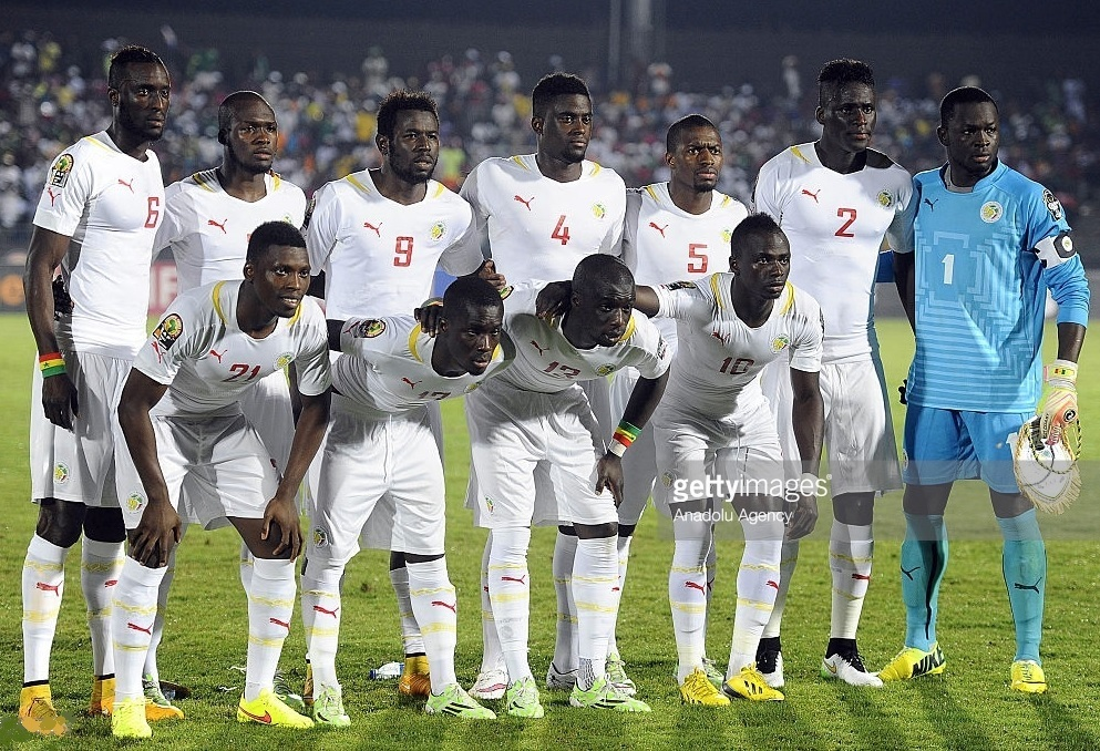 Senegal-2015-PUMA-home-kit-white-white-white-line-up.jpg