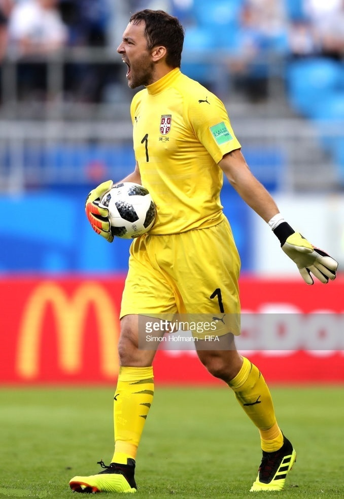 Serbia-2018-PUMA-world-cup-GK-kit-yellow-yellow-yellow.jpg