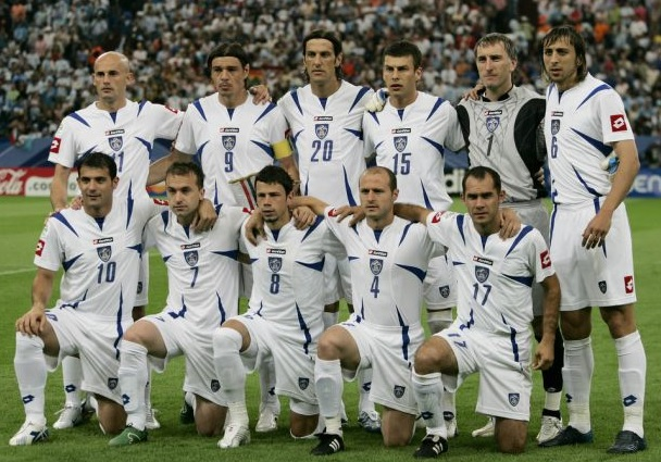 Serbia-Montenegro-06-lotto-world-cup-away-kit-white-white-white-line-up.jpg