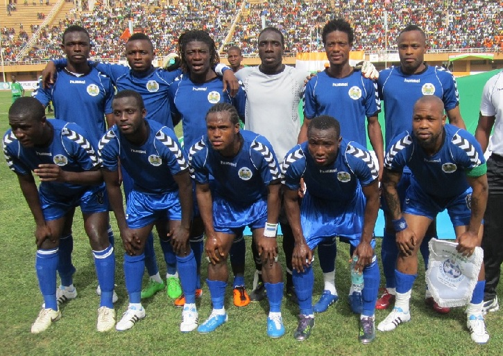 Sierra-Leone-08-hummel-home-kit-blue-blue-blue-line-up.jpg